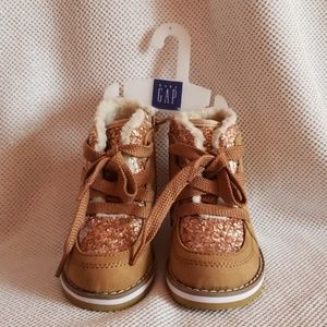 Brand new Baby Gap toddler boots